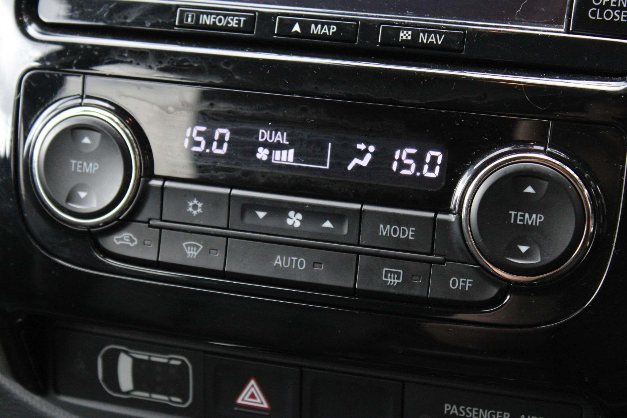 Mitsubishi L200 2.4 DI-D DC Warrior Auto 4WD 4dr
