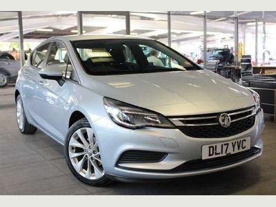 Vauxhall Astra 1.4i 16V Tech Line 5dr Hatchback WE SIMPLY REFUSE TO BE BEATEN!