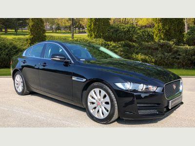 Jaguar XE 2.0d Prestige XENON+PARK AID+LOW MILES+DAB+